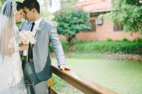 simplesmente noiva, casamento ao ar livre, sítio da figueira, decoração, amarelo, azul